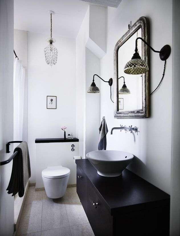 Badkamer zwart wit woontrendz - Lampadario bagno ...