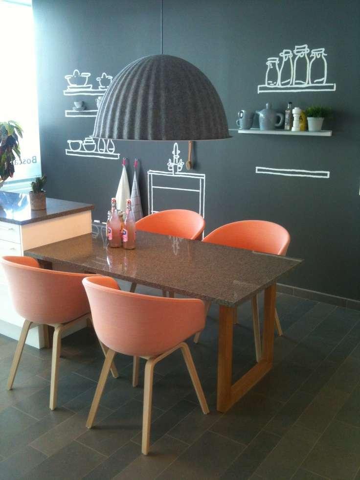Inspiratie Keuken Muur : Peach Colored Chairs