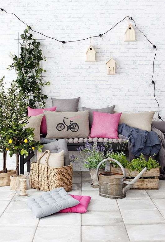 Kleine tuin drie tips voor decoratie en kleuren in kleine tuinen - Voorbeeld van tuindecoratie ...