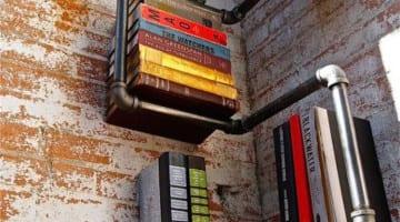 DIY Boekenplank uit steigerbuizen