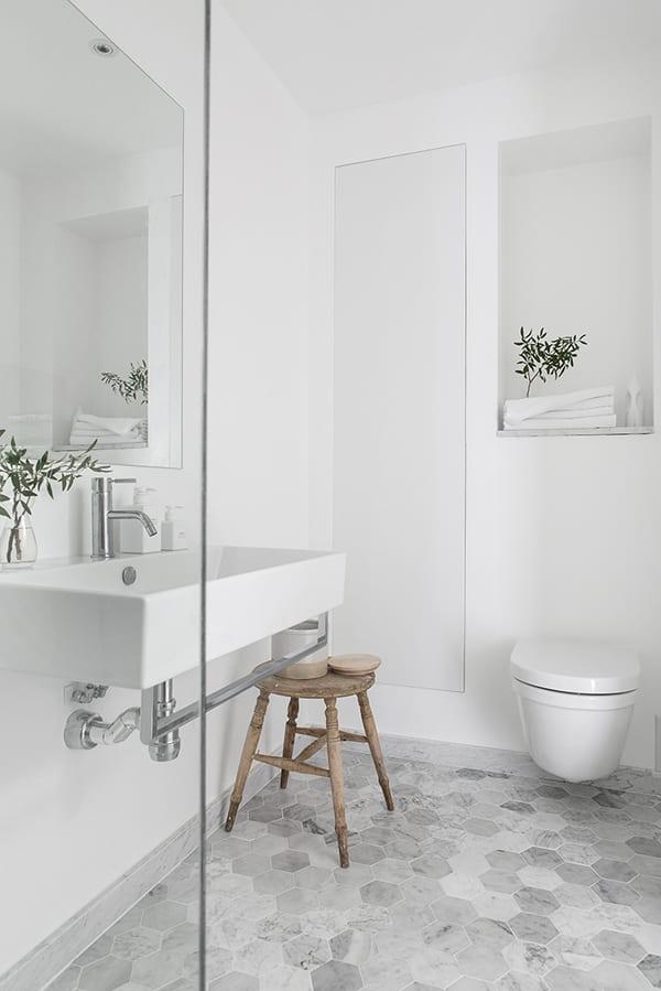 Badkamer met natuurlijke uitstraling