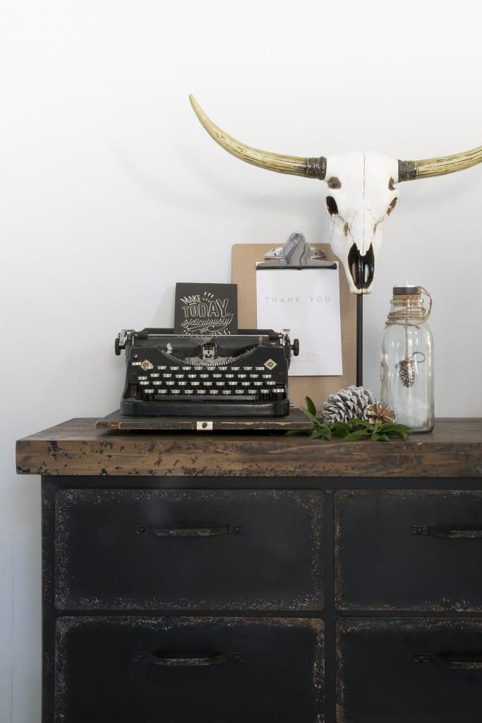 Binnenkijken bij Marlou & Jurre - oude typemachine