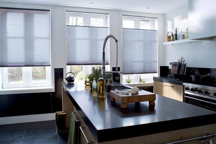 Zonnelux plisségordijnen keuken