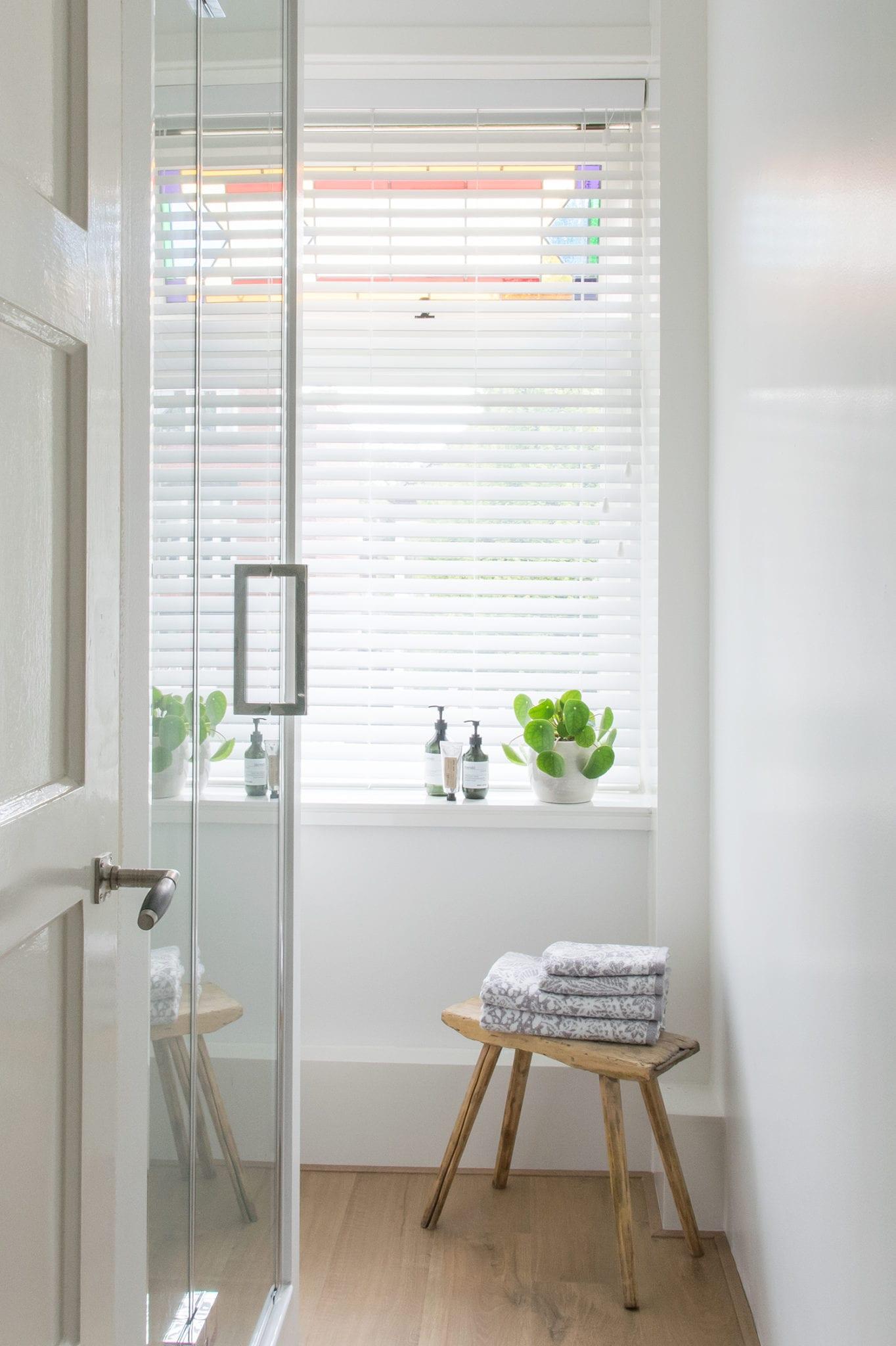 PVC jaloezieën in de badkamer