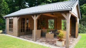 Tuinhuis met ramen en veranda