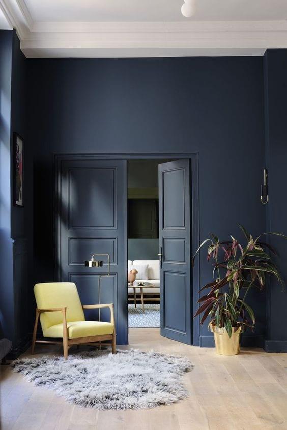 De kleur donkerblauw in je interieur