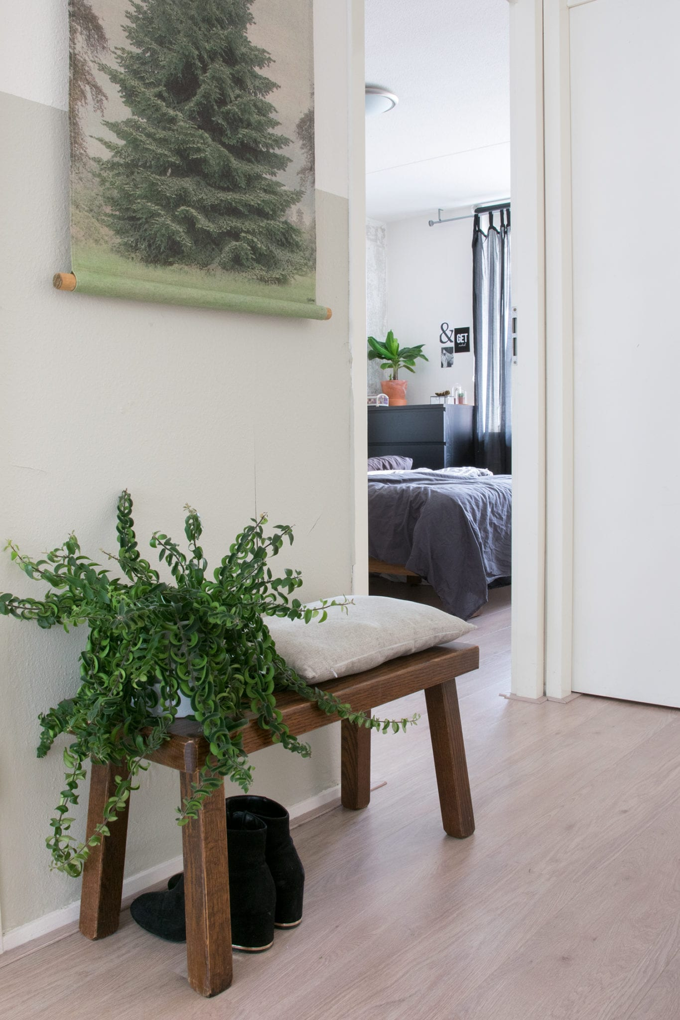 Binnenkijken bij Hilgré doorkijkje naar de slaapkamer