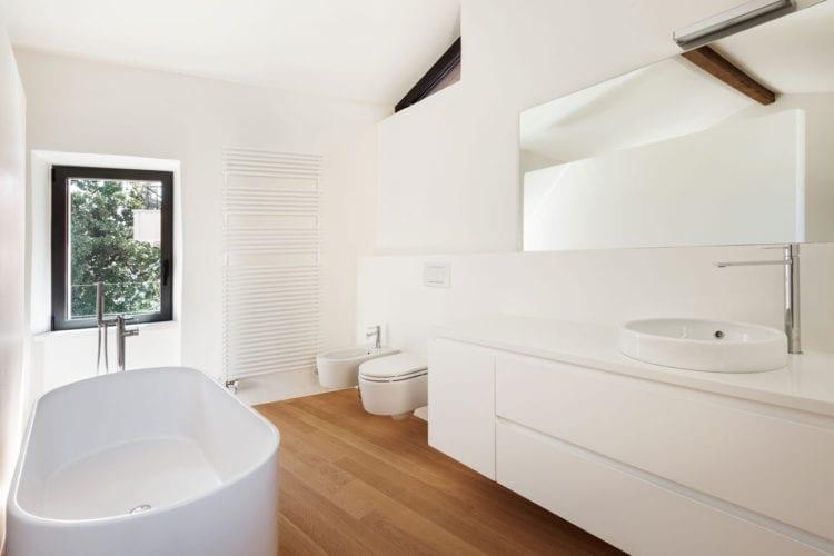 Massief Parket Badkamer : Parket of laminaat in je badkamer woontrendz