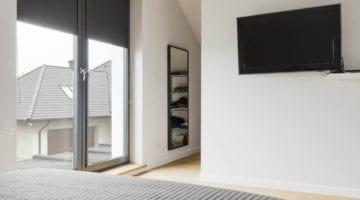 Verduisterende rolgordijnen zwart slaapkamer