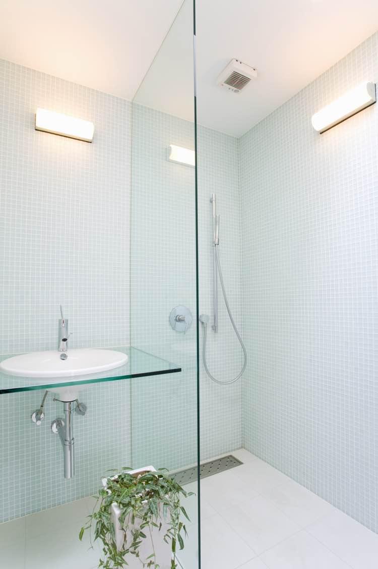 Inloopdouche in kleine badkamer
