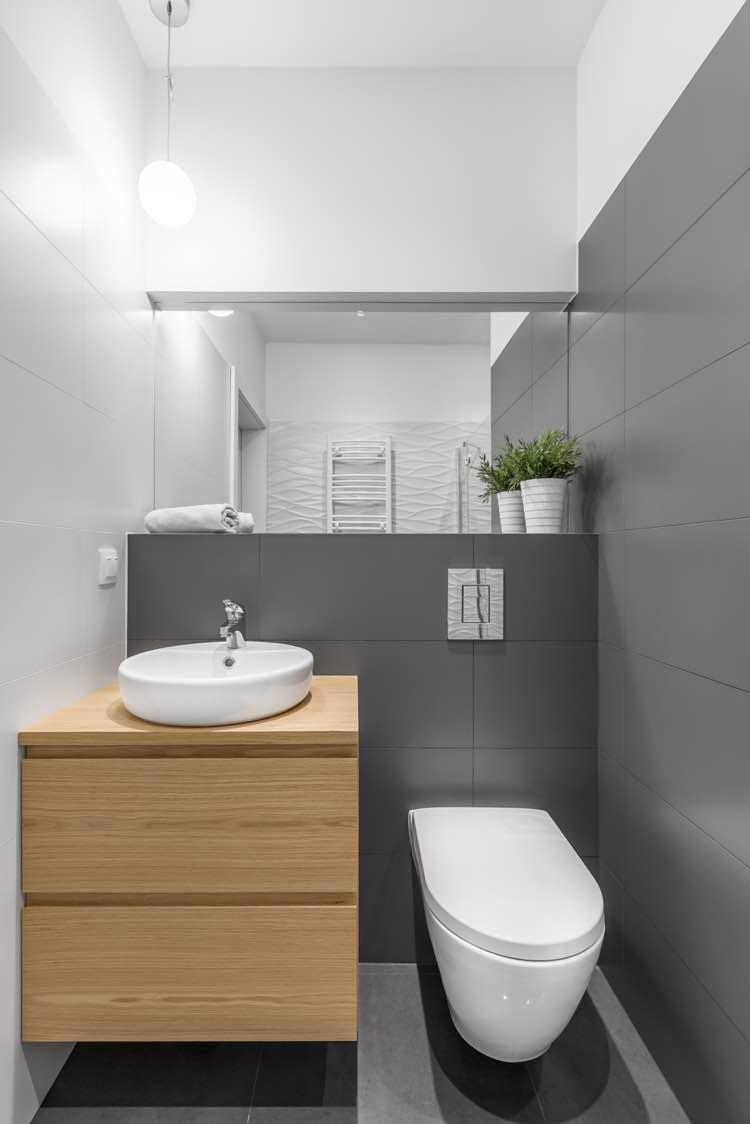 Spiegel in kleine badkamer