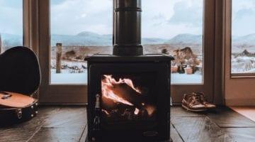 Lekker warm bij het vuur